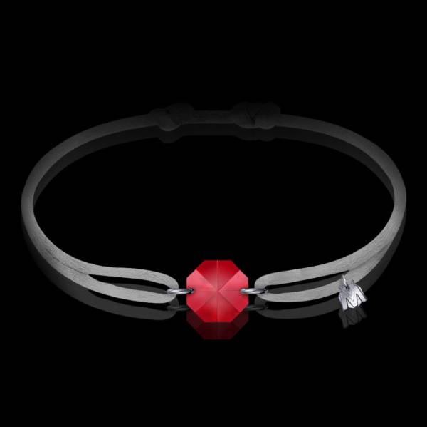 bracelet en cristal rouge et cordon gris