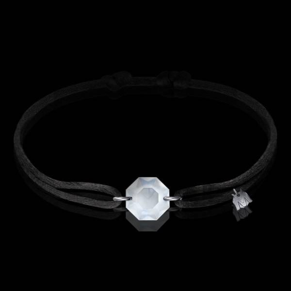 bracelet cristal porte bonheur avec cordon