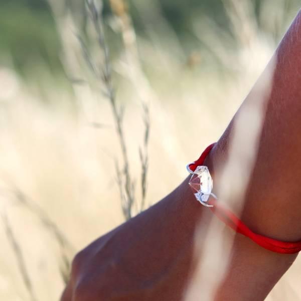 bracelet-cristal-cordon-rouge