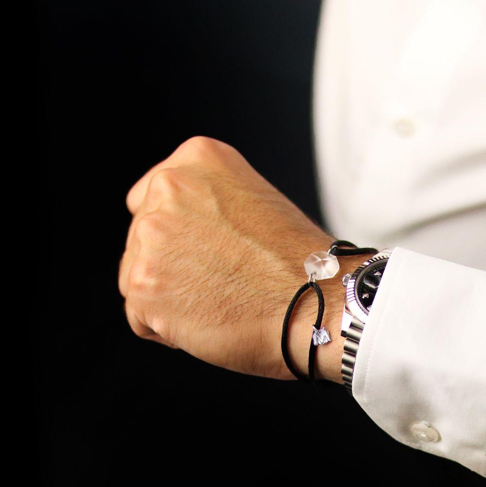 bracelet-cristal-porte-bonheur-sur-cordon-luxe