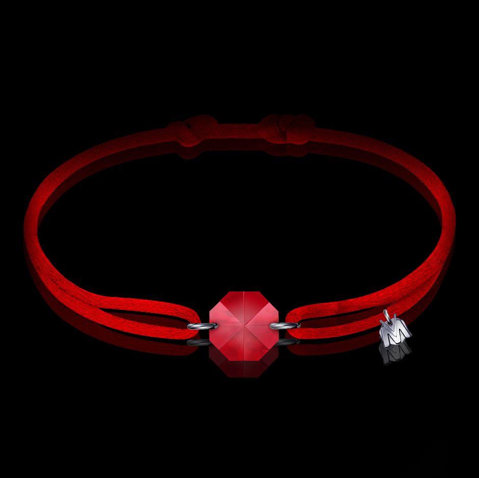 bracelet en cristal rouge et cordon rouge