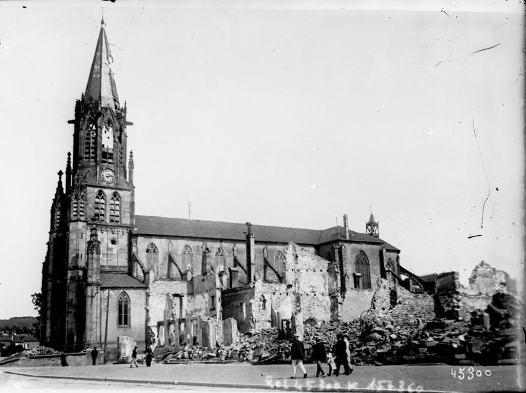 archive des bombardements de eglise Baccarat