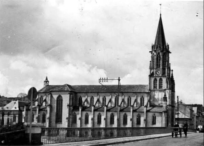 église de baccarat avant le bombardement