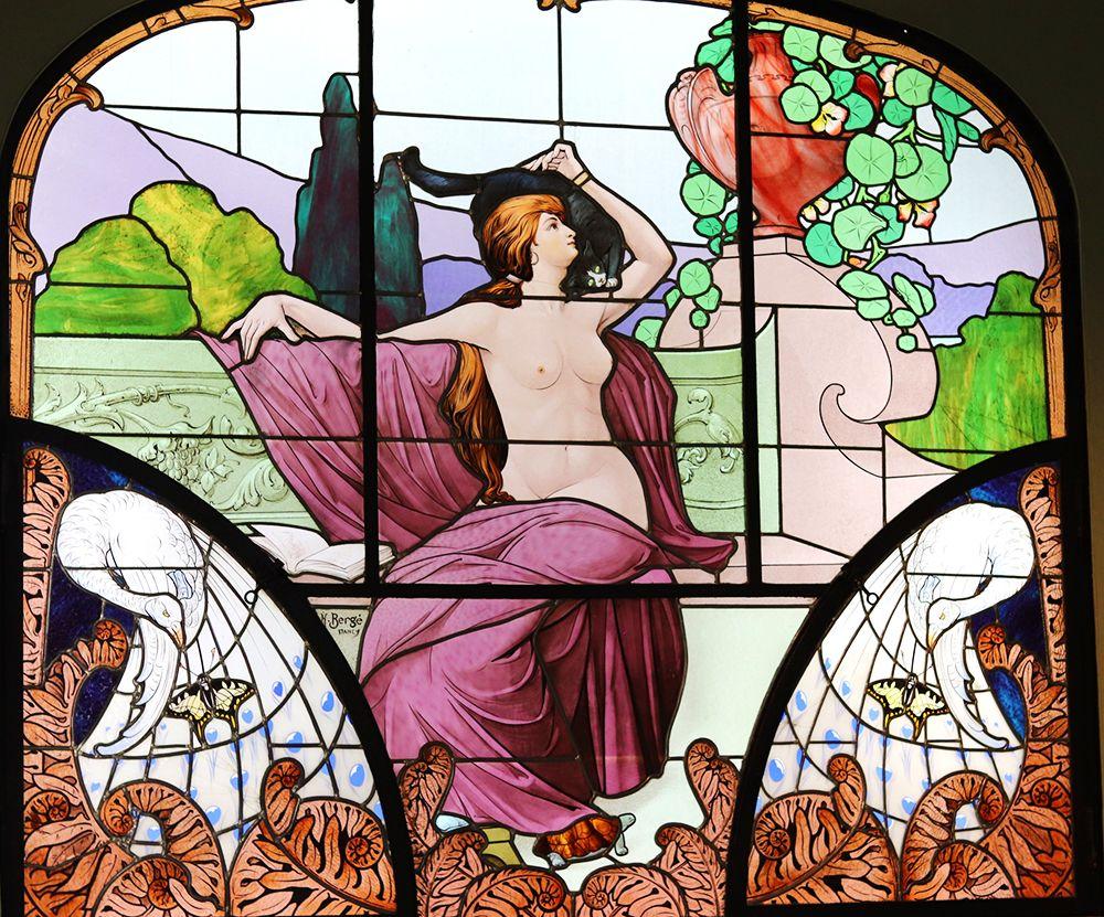 Vitrail la lecture d'Henri Berge art nouveau