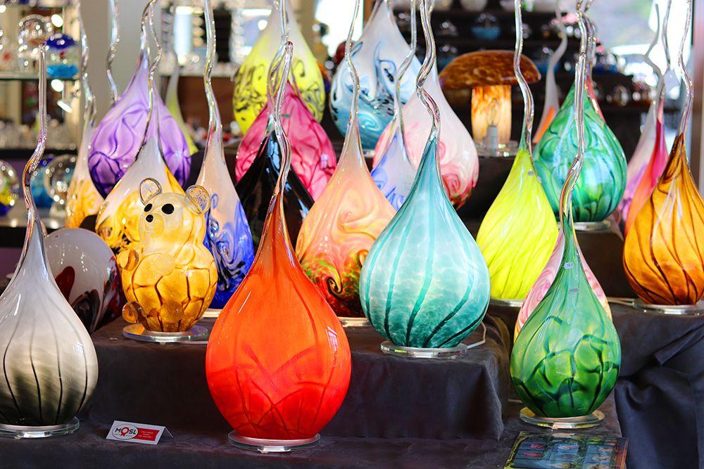 lampe flamme en cristal de couleur
