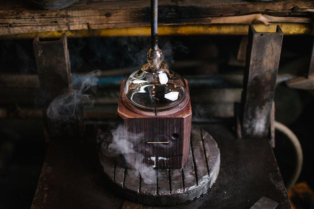 fabrication d'un verre en cristal de boheme