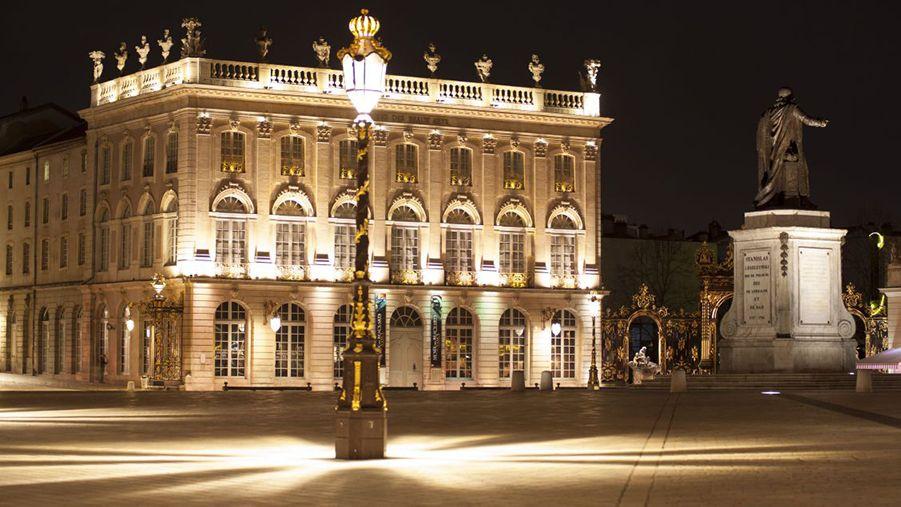 exterieur musee des beaux arts place Stanislas