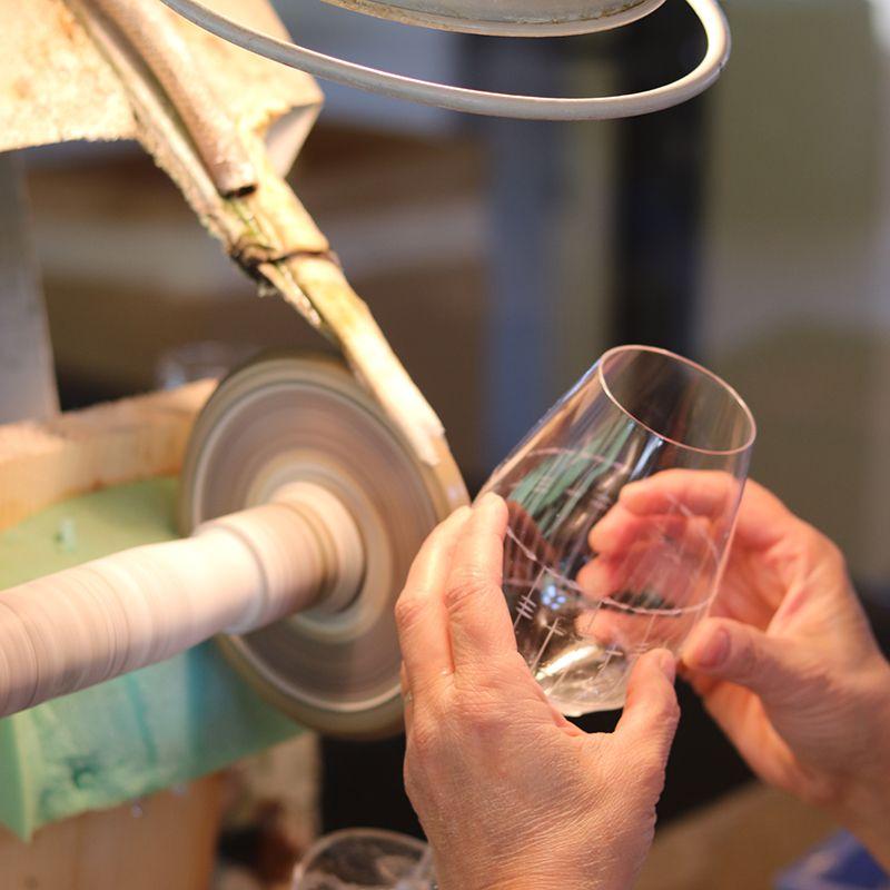 taille du verre vin de la cristallerie Lehrer