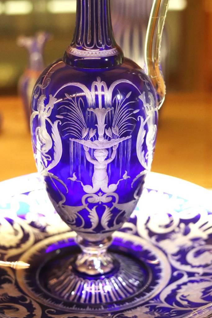 carafe en cristal bleu saint louis