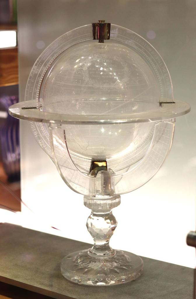 globe terrestre en cristal Saint Louis