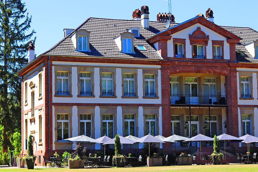 terrasse exterieur du château hochberg