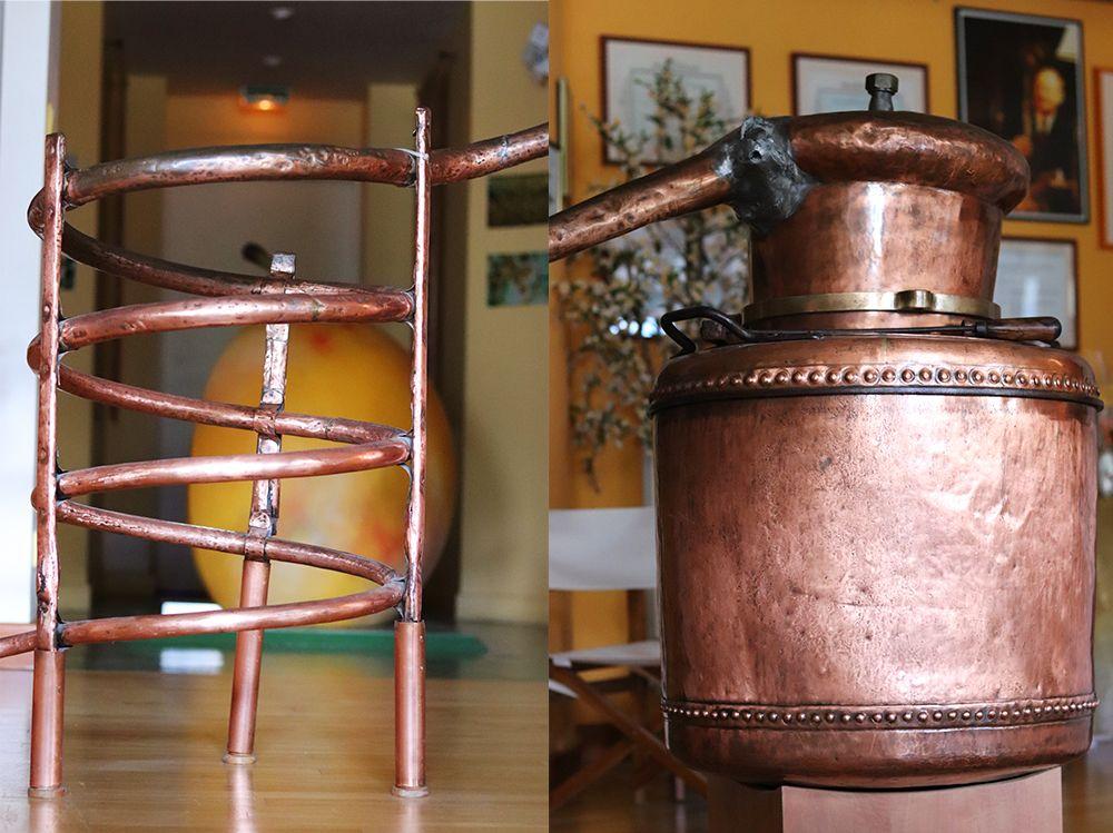 ancien distillateur d'eau de vie