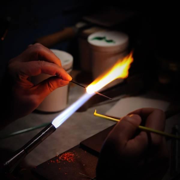 fabrication de perles de verre au chalumeau