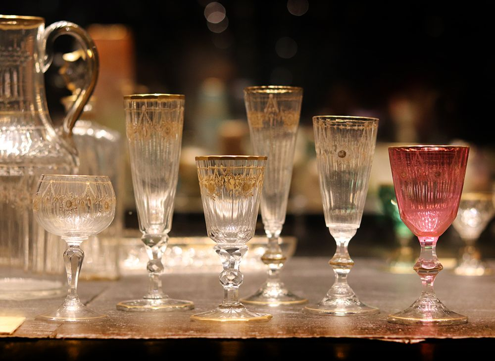service de verre dore a l'or fin de la cristallerie Daum