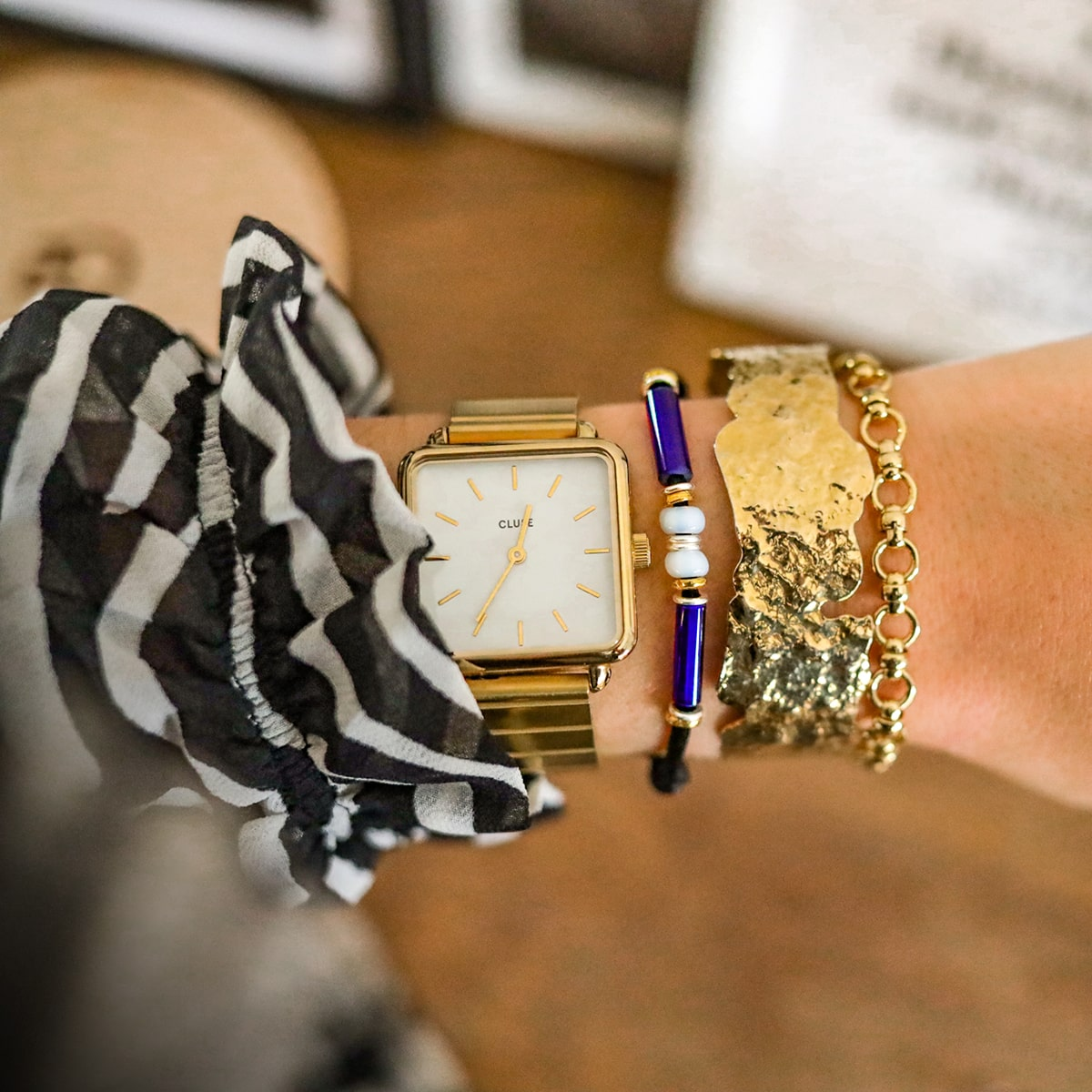bracelet-verre-de-murano-cordon