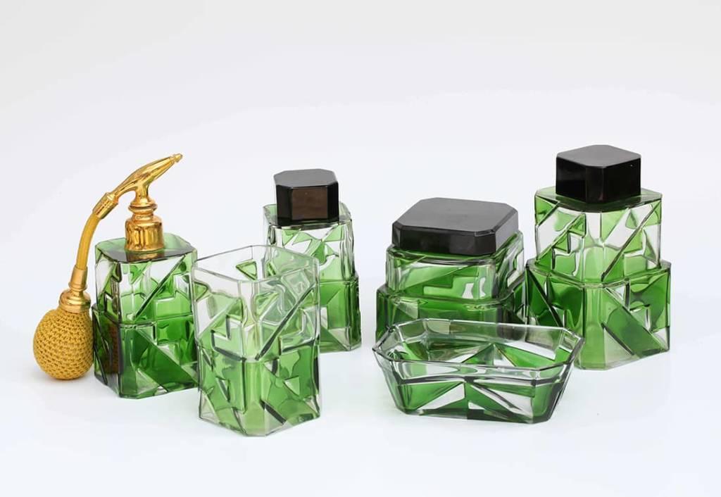 Service-de-toilette-vert-Convert-cristalleries-de-nancy