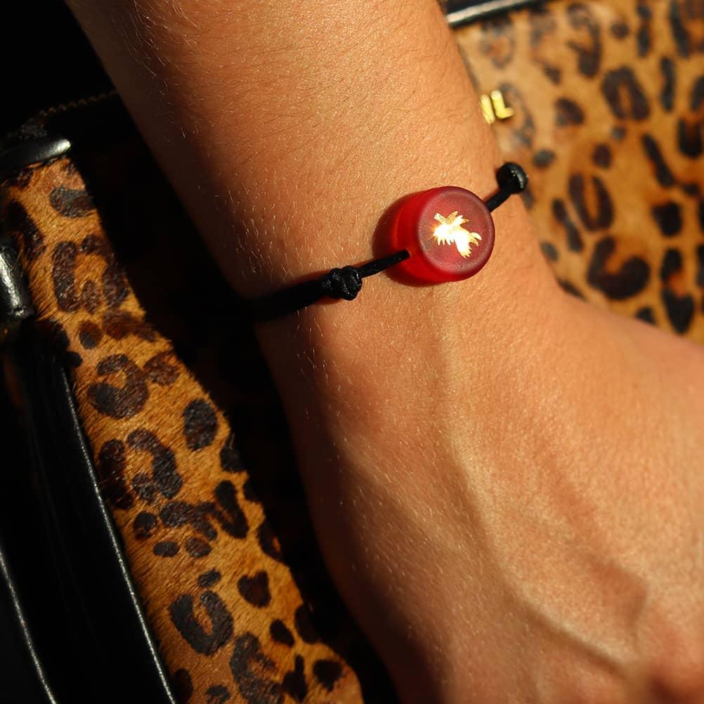 bracelet-chardon-rouge-verre-michael-vessiere