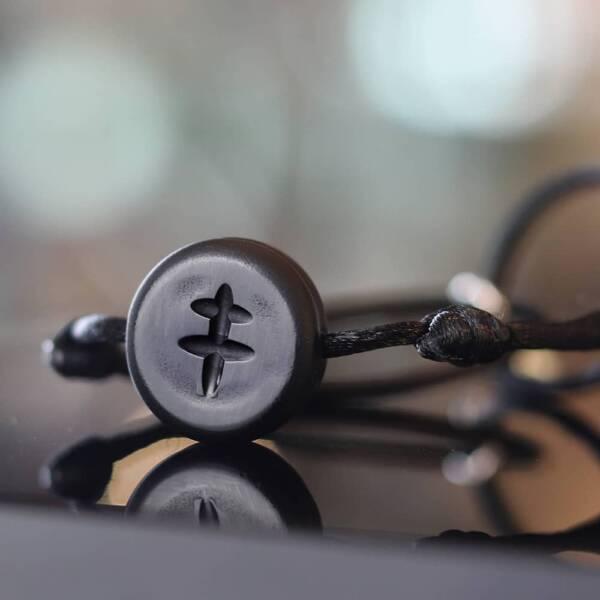 bracelet-croix-grave