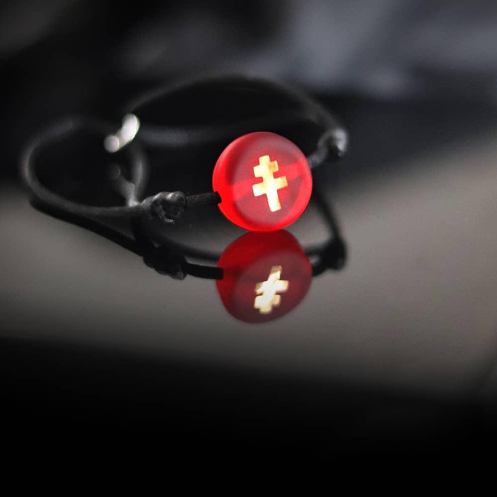bracelet-croix-lorraine-verre-rouge